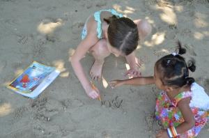 Dictée dans le sable